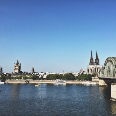 running around the rhine in cologne